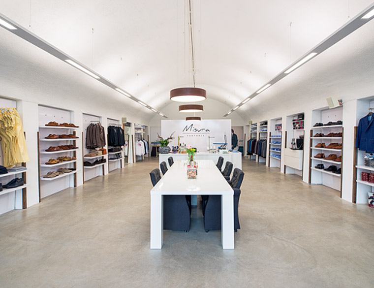 Hofbogen ondernemer: Misura Sartoria, Kleding Op Maat, winkel