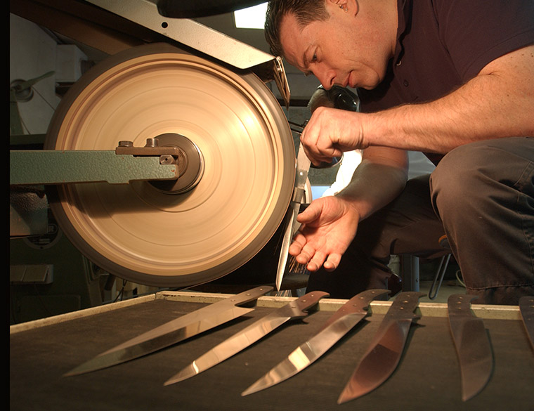Hofbogen ondernemer: Hillknives, messenslijpen