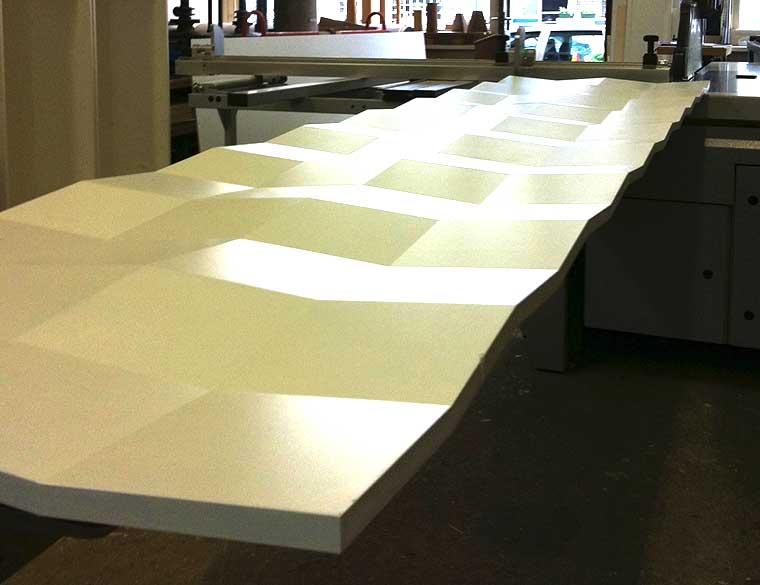 Hofbogen ondernemer: Elok, meubelmaker, tafel